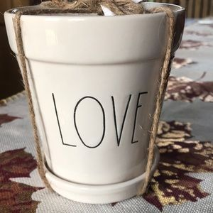 "RAE DUNN ""LOVE"" 5"" plant/flower pot"